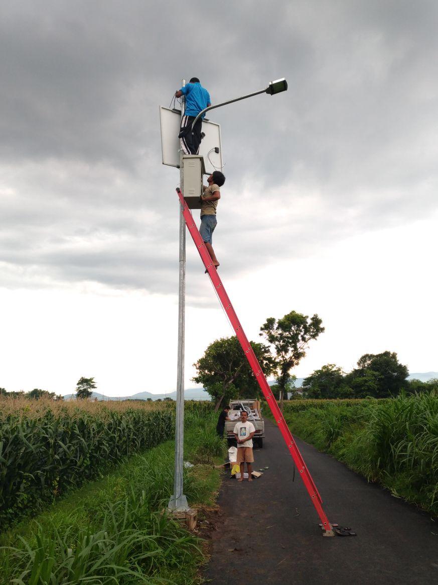 Daftar Paket Lampu Jalan Dan Harga Lampu Penerangan Jalan Umum Pju Solar Panel Solution