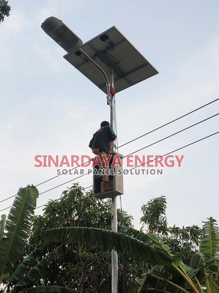Paket PJU Solar Cell 50 watt