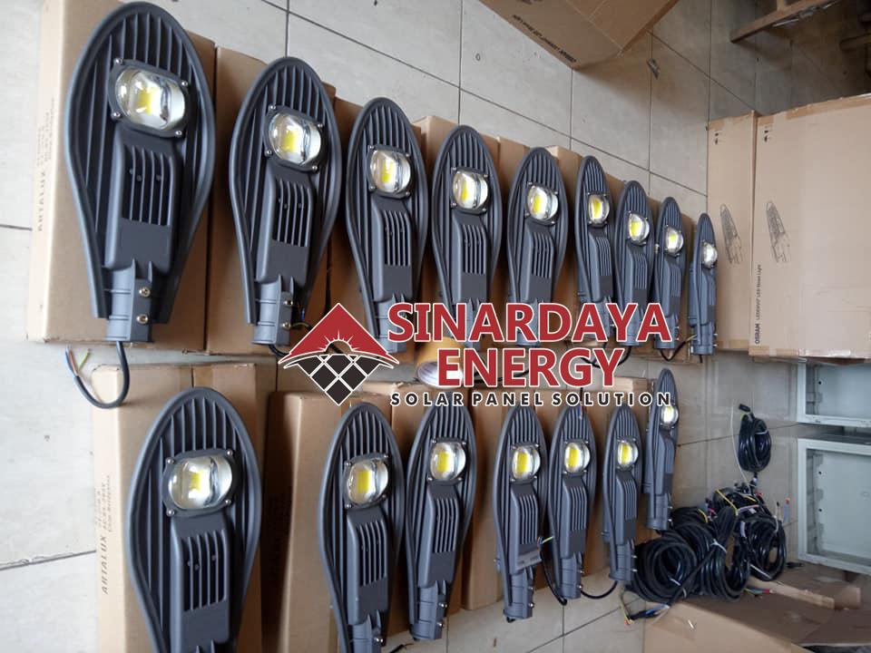 harga lampu jalan tenaga surya solarcell