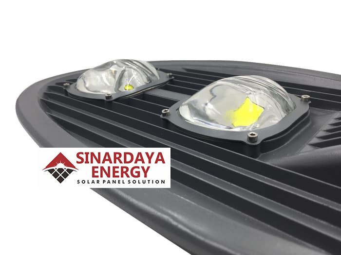 distributor Lampu Jalan tenaga surya Cobra 100W