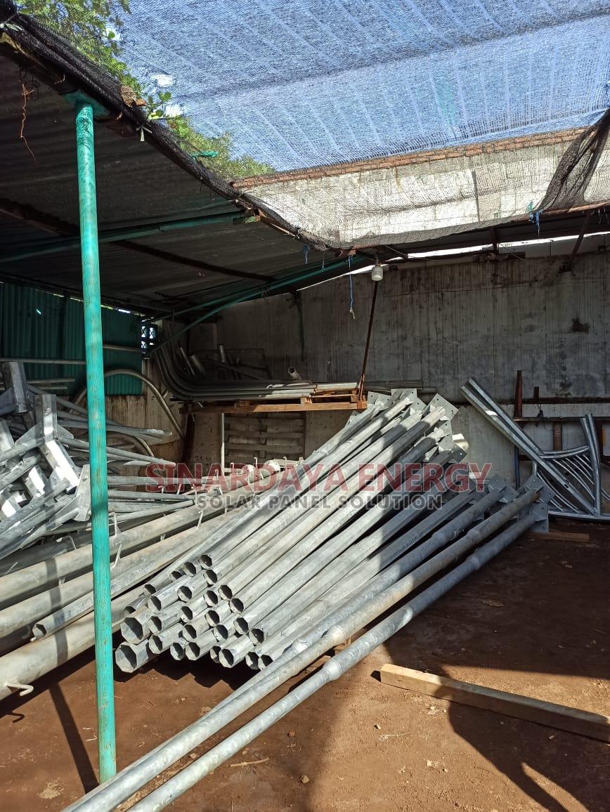Tiang PJU Solarcell 2in1 Galvanis